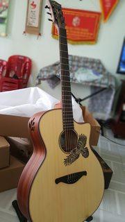 Đàn guitar Acoustic Larry's LA14-EA