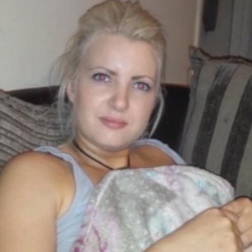 İngiltere'de Lauren Macklin isimli bir kadın, nişanlısının kendisine sorduğu soruya cevap veremeyince olanlar oldu...