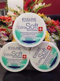 Kem dưỡng trắng da toàn thân Eveline Extra Soft