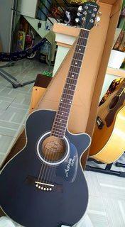 Guitar Acoustic Astrata (Đen)